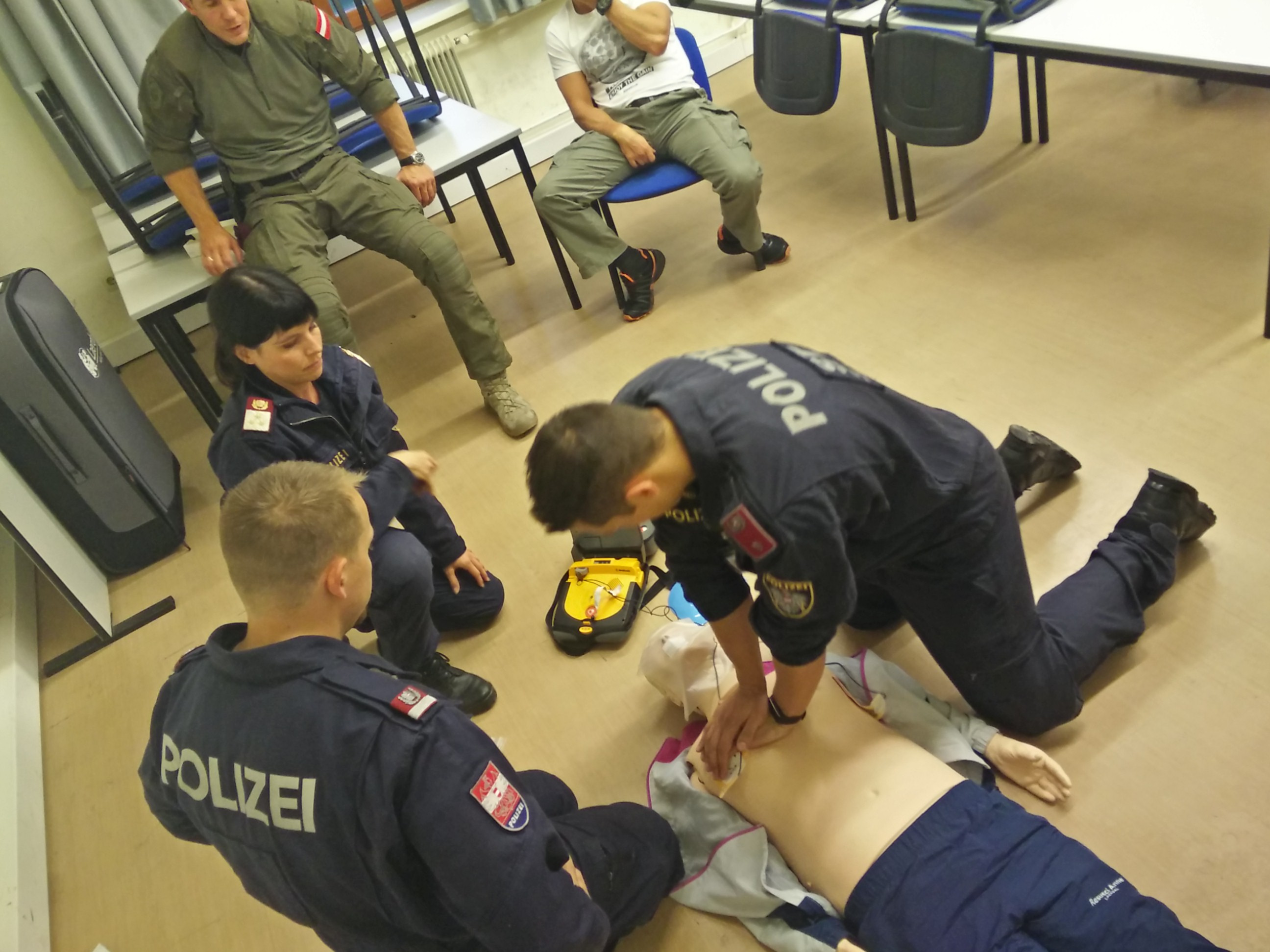 First Aid in Theorie