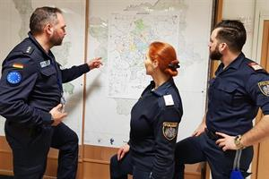 Lagebesprechung im Joint Operations Room.